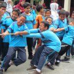 Lomba Agustusan SD Islam Diponegoro diawali Doa dan Senam Bersama