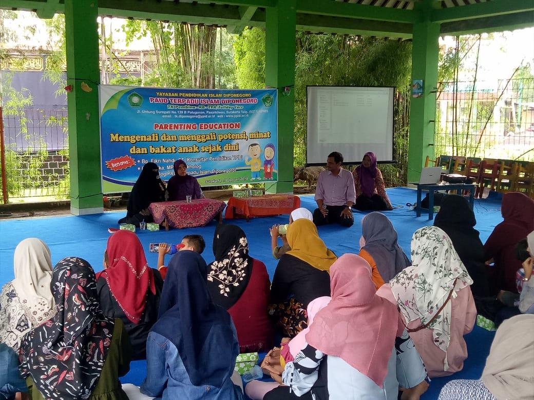 Pentingnya Orang Tua Memahami Bakat dan Potensi Anak, Parenting Education PTI  Diponegoro