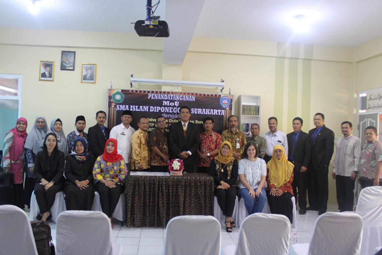 SMA Islam Diponegoro Surakarta Adakan Penandatanganan MoU Dengan Beberapa Perguruan Tinggi di Surakarta